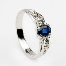 I would much rather have a saphire ring than a diamond!