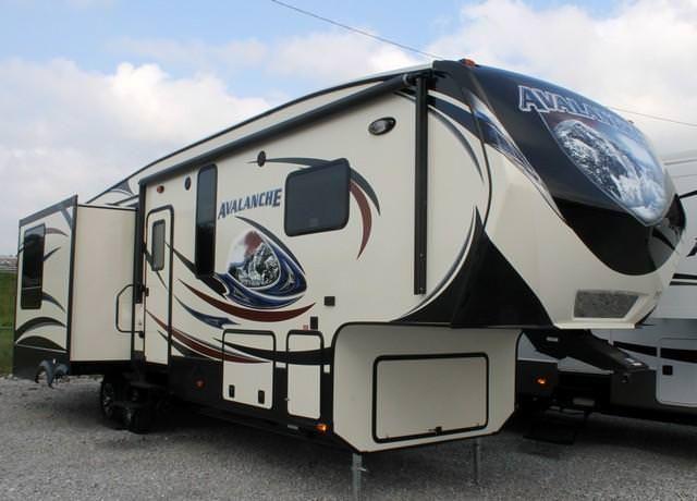 new+2014+fifth+wheels | New 2014 Keystone Avalanche 295RL Fifth Wheel For Sale