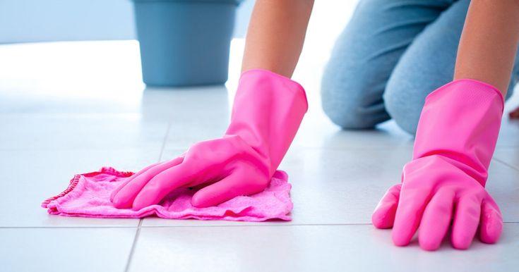 10 ALIMENTI CHE POSSONO ESSERE UTILIZZATI PER PULIRE CASA Dieci alimenti di uso comune che possono essere adoperati per pulire casa, naturalmente. http://bit.ly/2qpTrsh