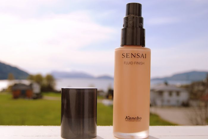 Kanebo Sensai Fluid Finish foundation.   Average Rating: 4.3 79% would buy again Package Quality: 4.4