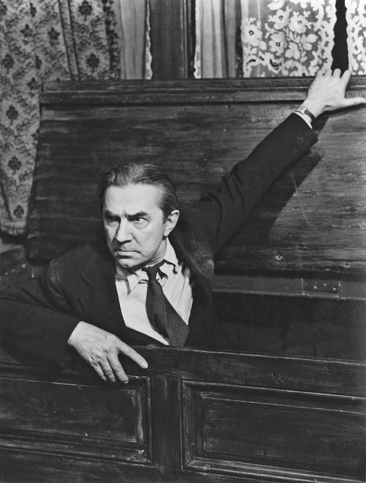 Bela Lugosi In '-Dracula'- Pictures | Getty Images