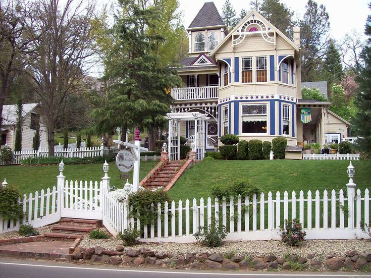 Victorian Bed And Breakfast Sacramento Area