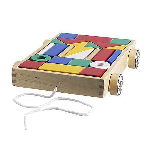 IKEA - MULA, Carrinho c/24 cubos de madeira, , Cubos de construção resistentes em madeira maciça.O carrinho é um brinquedo, mas também serve para guardar blocos de construção.Desenvolve as capacidades motoras finas e o pensamento lógico.O padrão no fundo do carrinho facilita a arrumação dos cubos de construção. 6,99€ em PT a partir dos 18 meses