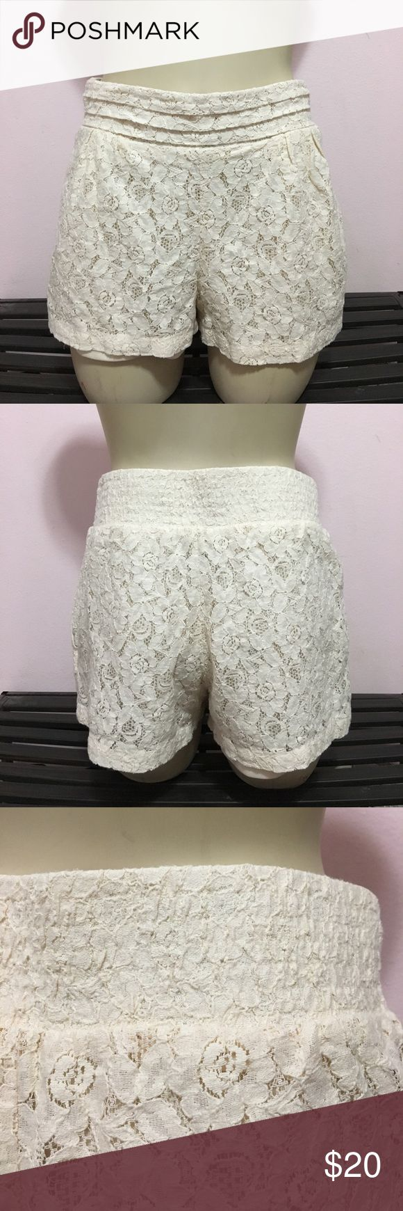 Cream Lace Shorts great condition, worn once. has a fitted waistband. some loose threads. (KC) Forever 21 Shorts
