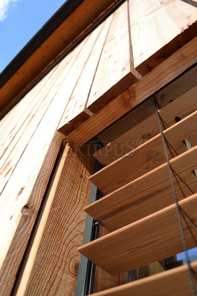 Holz Aussenjalousien Fenster Oder Fassade Skirpus