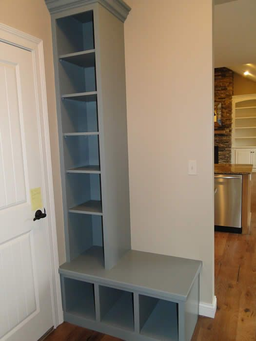 A Variety of Brilliant Ideas of Mudroom Bench : Corner Mudroom Bench With Cubby Above Laminate Floor