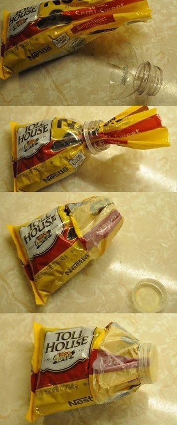Как герметично закрыть пакет с чипсами или чем-то подобным…