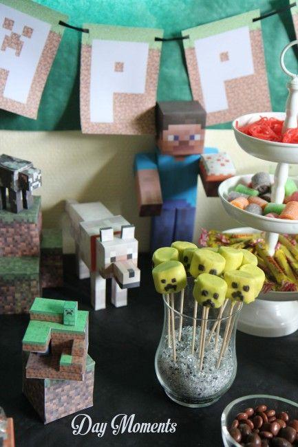 personnages de Minecraft en papercraft