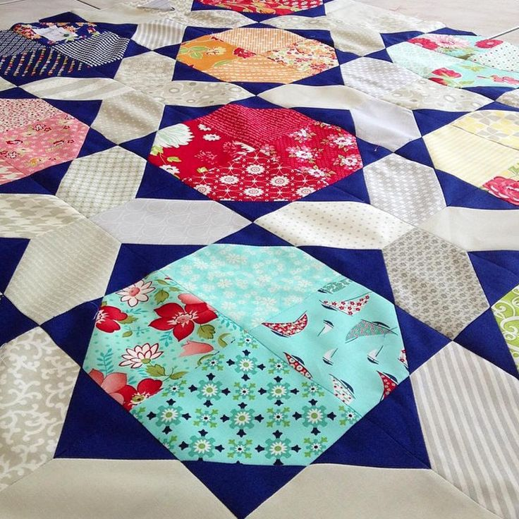 Layer Cake Quilt Pattern Book : 1000+ images about Quilting & Applique on Pinterest