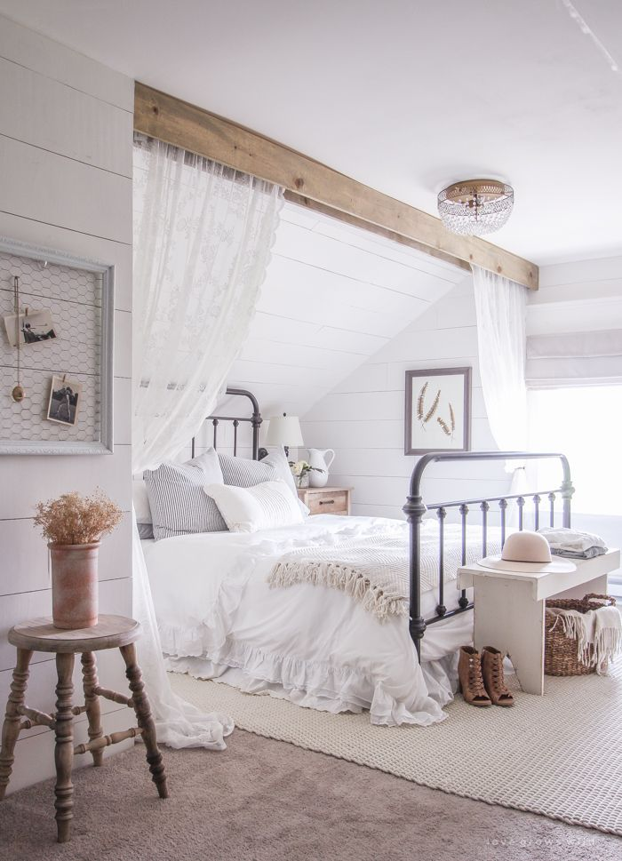 17 Best Ideas About Farmhouse Master Bedroom On Pinterest
