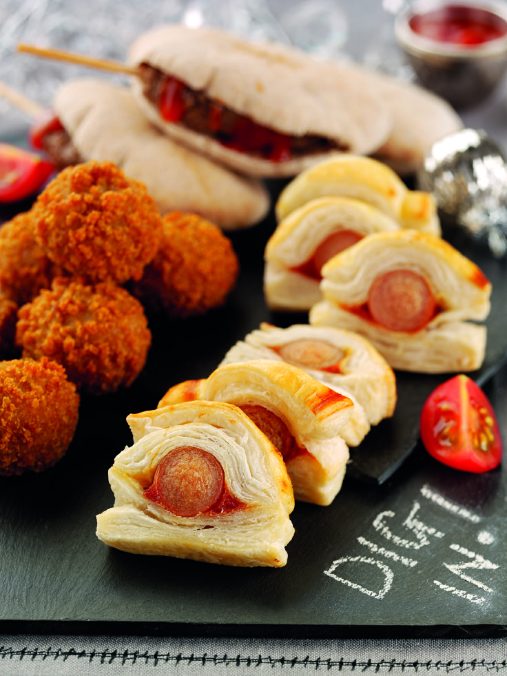 These Chosen by you party treats are perfect for getting your guests talking! Mini Donner Kebabs, Hot Dogs and Ketchup and Mini Kievs