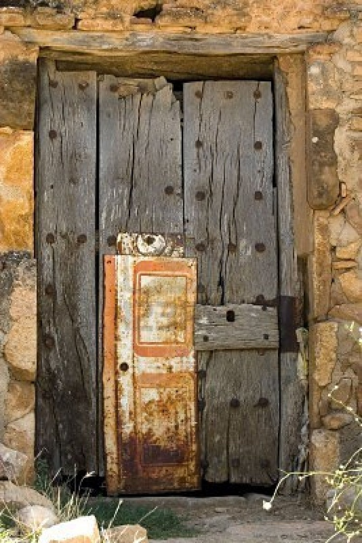 Aged wooden door in an ancient house, Rafael Laguillo From Spain [Spain]