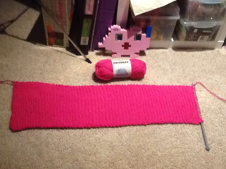 This much yarn makes this long of a scarf. Hi Jigglypuff.