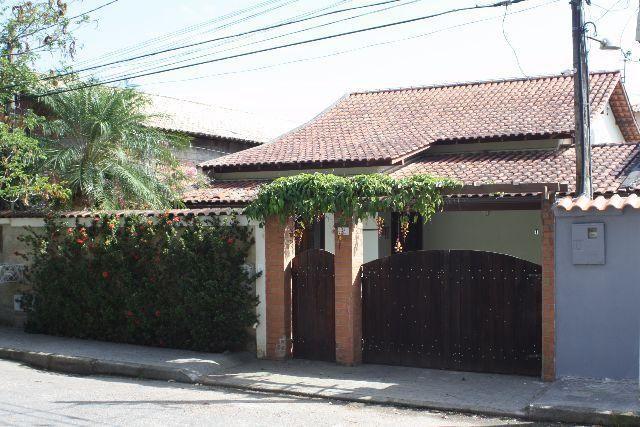 CRC Consultoria Imobiliária - Casa para Venda em Niterói