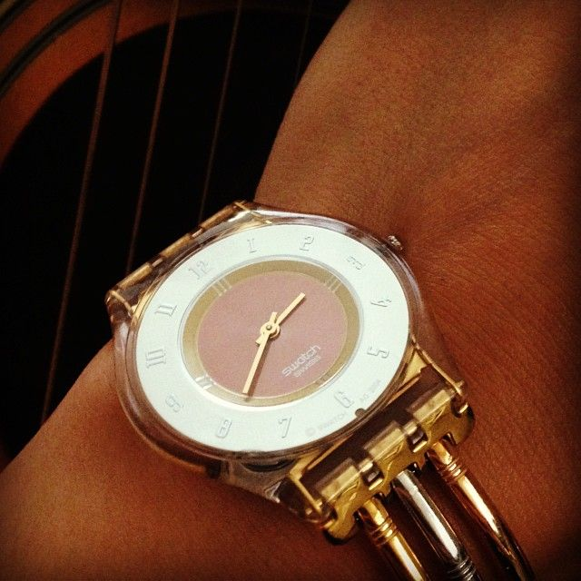 #Swatch: Assesuars Glases Watches, Relojes Lindos, Products Designs, Assesuar Glase Watches, Funky Swatch, Simple Products, Reloj Lindo, Daysofswatch Swatch, Swatch Skin