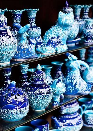 Blues Does anyone know the name of this? Or who sells it. Its originally pinned from pinmarklet. Thanks!
