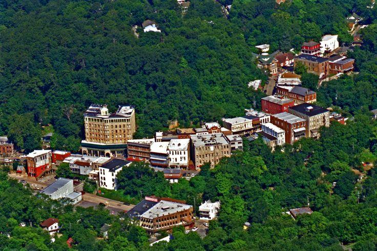 Beautiful Eureka Springs aerial shot. www