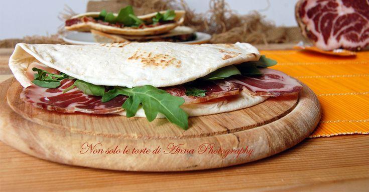 Piadina+farcita+coppa+e+rucola