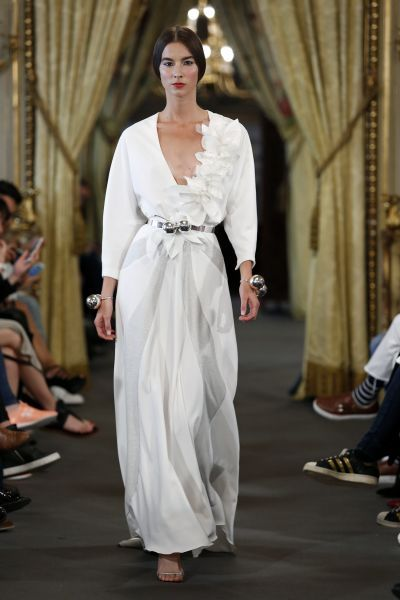 Vestidos de novia manga larga 2017: 60 diseños elegantes y con mucho estilo Image: 56