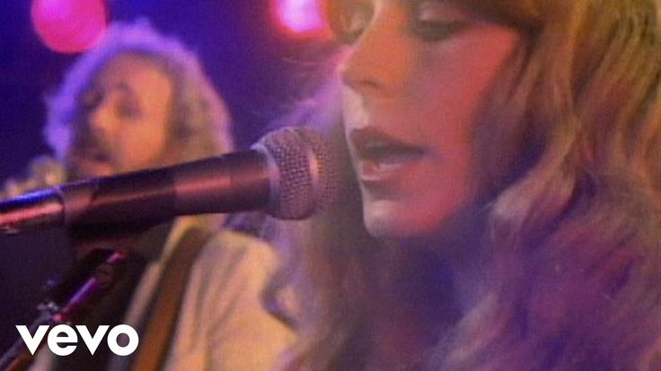 Official video of Juice Newton performing Queen Of Hearts from the album Angel Of The Morning. Buy It Here: http://smarturl.it/zm3bju Official Website: http:...