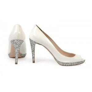 Miu Miu - białe buty na obcasie