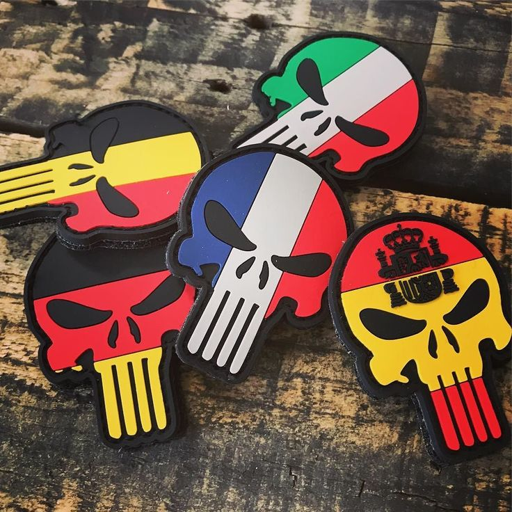 Punisher..like a flag! Italian Spanish Germany Belgium and France skull flags! Available on our shop www.lapatcheria.com #punisher #skullpunisher #punisherskull #pvcpatches #custompatch #custompvcpatches #italyflag #franceflag #germanyflag #belgiumflag #spanishflag #airsoft #softair