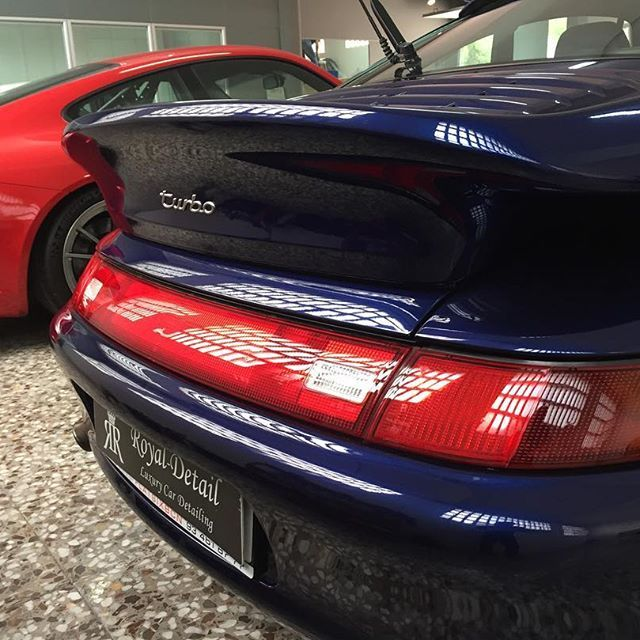 Porsche heaven 🙌 #porsche #993 #turbo #993turbo #qatar #quality #power #top #uae #usa #uk #premium #luxury #sport #shine #gloss #horsepower #vip #barcelona #monaco #marbella #madrid