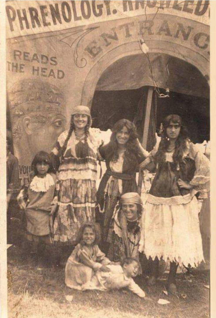 gypsies family and fortune tellers If you aren't romani or traveller, use roma and romani or  gypsy-american  and used to work her family's trades, fortune-telling and.