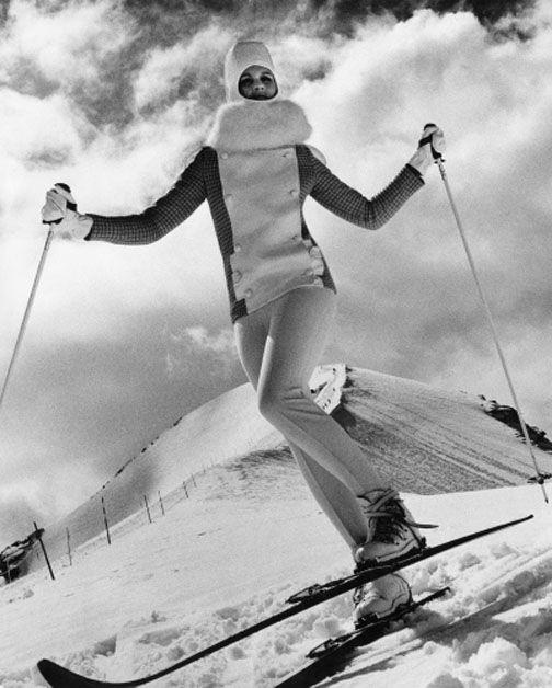 Vintage ski style. © EUGENE VERNIER