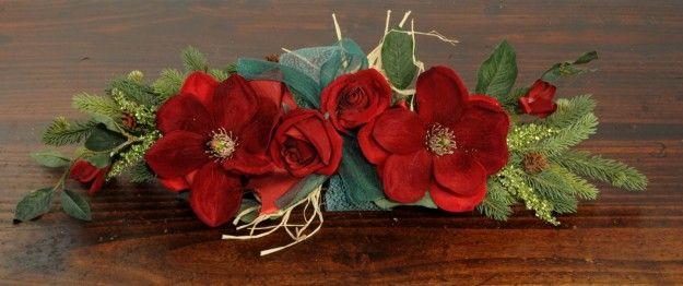 Centrotavola con i fiori rossi