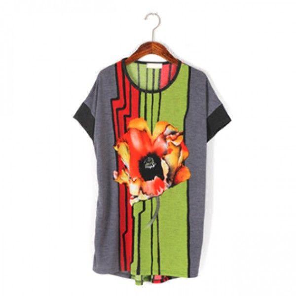 Today's Hot Pick :ビビッドフラワープリント半袖Tee【BLUEPOPS】 http://fashionstylep.com/P0000WQS/ju021026/out ビビッドなフラワープリントが目を引くTシャツ。 大胆なカラー使いでポップな印象です。 ストレッチの効いた素材なので動きやすさも◎ トレンドのサルエルパンツに合わせてリラックス感あふれるカジュアルに着こなしてみてください。 身長によって着丈感が異なりますので下記の詳細サイズを参考にしてください。 ◆色: ブラック/チャコール