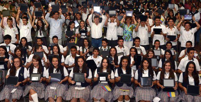Entregadas 920 tablets e inaugurado un 'ViveLab' en Parquesoft Popayán