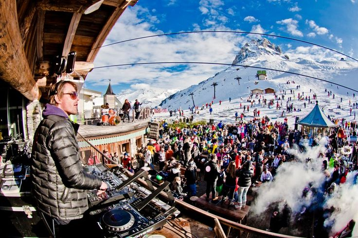 La Folie Douce Val d'Isere - A high altitude outdoor club on the mountain with an amazing party atmosphere !  One of the best high altitude clubs on the Planet !