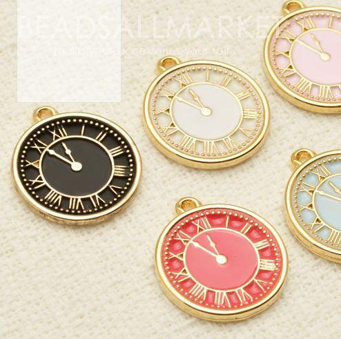 beadsallmarket - Alice in Wonderland-clock pendant