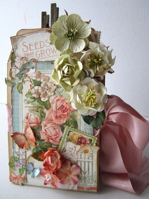 Breathtakingly beautiful envelope mini using Secret Garden by Maria Cole! #Graphic45 #minialbums