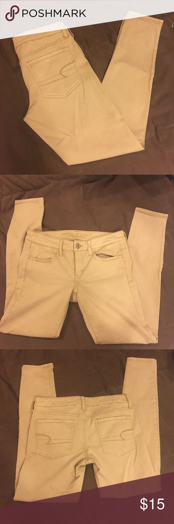 AEO khaki jeggings American Eagle tan skinny pants. Great condition.  Size 6R. American Eagle Outfitters Pants Skinny
