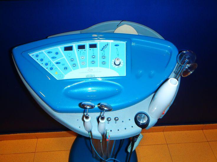 CABINA SPA. AESTHETIC ADVANCE. Para tratamientos faciales con aplicaciones electroesteticas.  Alta frecuencia. Termoterapia. Corriente galvánica y microgalvánica.