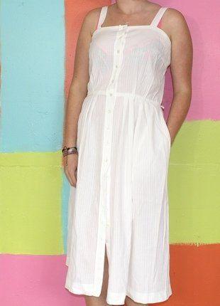 À vendre sur #vintedfrance ! http://www.vinted.fr/mode-femmes/robes-dete/31287776-robe-midi-chemise-plage-avec-poche-t42-devernois-france-printempsete-vintageretro