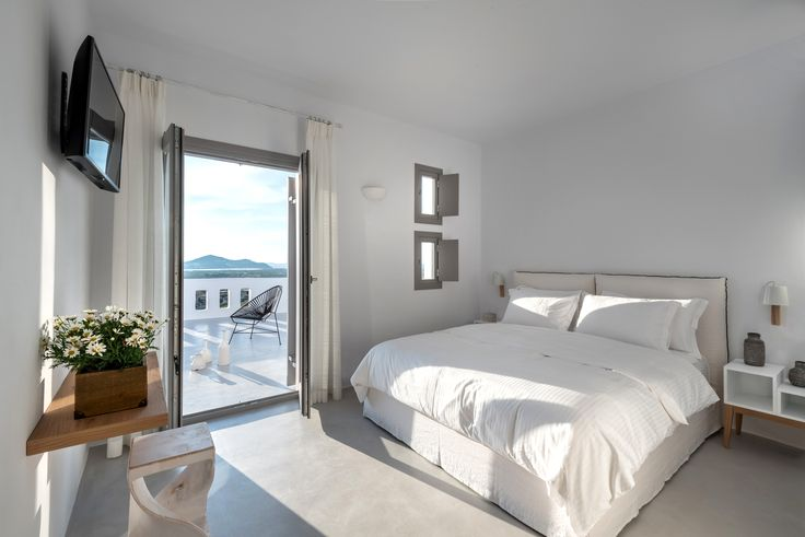 One unique elegant suite has two double bedrooms with king-size beds which can accommodate 4 adults or 2 adults and 2 children. It also has a spacious bathroom with built-in shower and WC. Each bedroom has its own terrace. Guests are invited to relax in comfortable sunbeds and enjoy the panoramic view of the sea.
