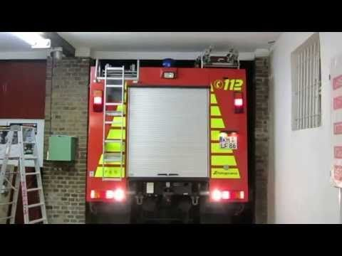 Contest: Deutschland engste Feuerwehreinfahrt - Feuerwehr FF Elstra - YouTube
