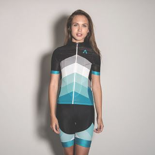 Run. Write. Mom.: 8 Awesome Cycling Kits (Jerseys and Shorts) for Women