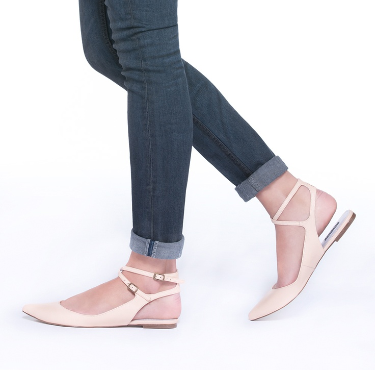 Grace Leather Flat in Nude