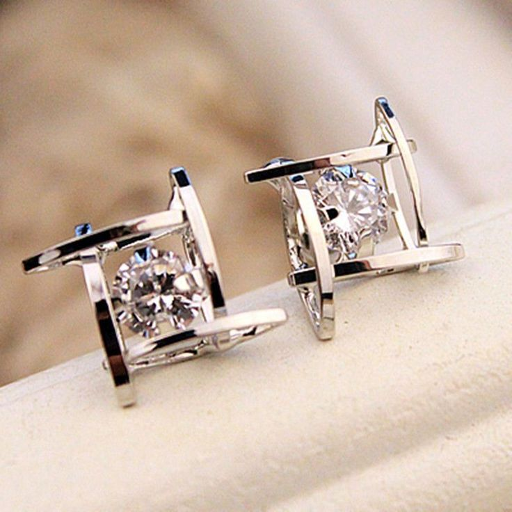 Elegant and Charming Black Rhinestone Full Crystals Square Stud Earrings for Women Statement Piercing Jewelry