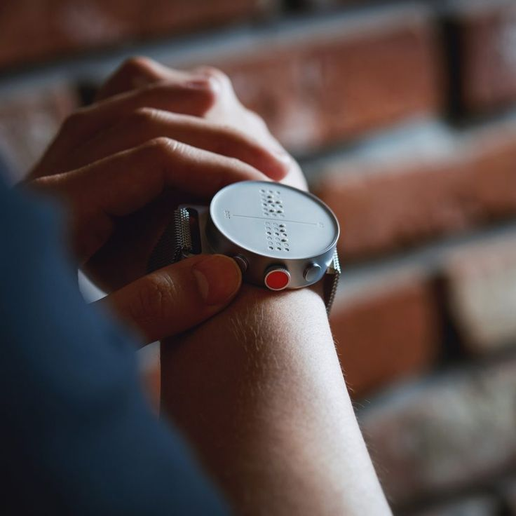 Smartwatch for the visually impaired displays information ...