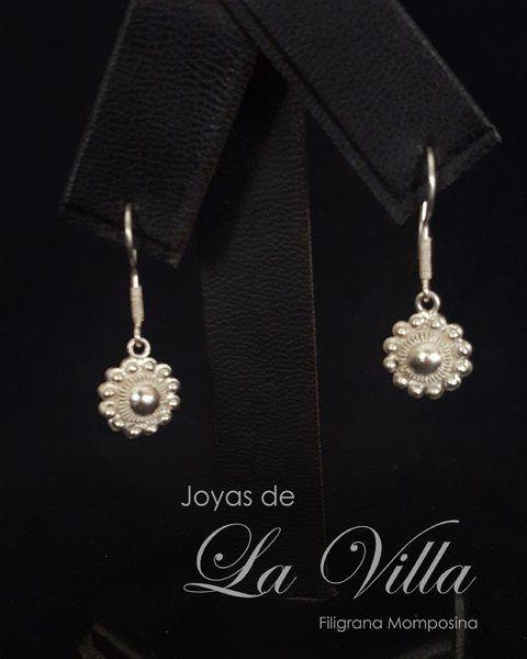 Aretes de rosetón con centro de plata.  Filigrana Momposina Plata Ley 950