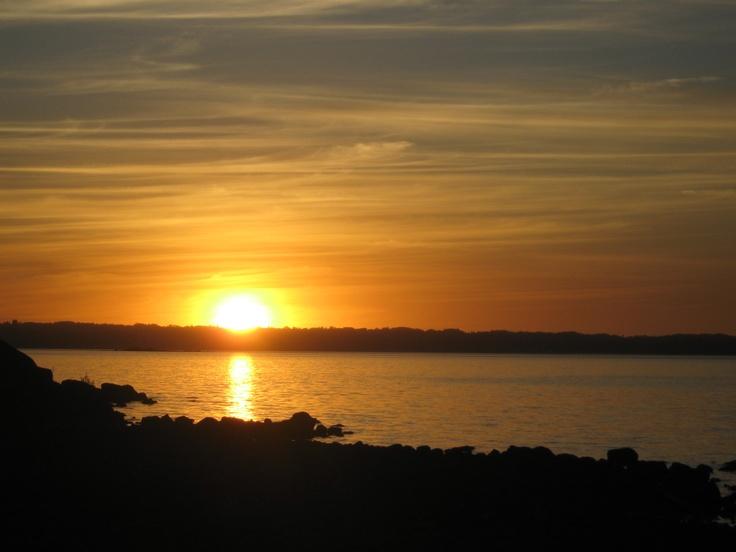 Atardecer Isla Pichicolcuma, Lago Ranco, Chile