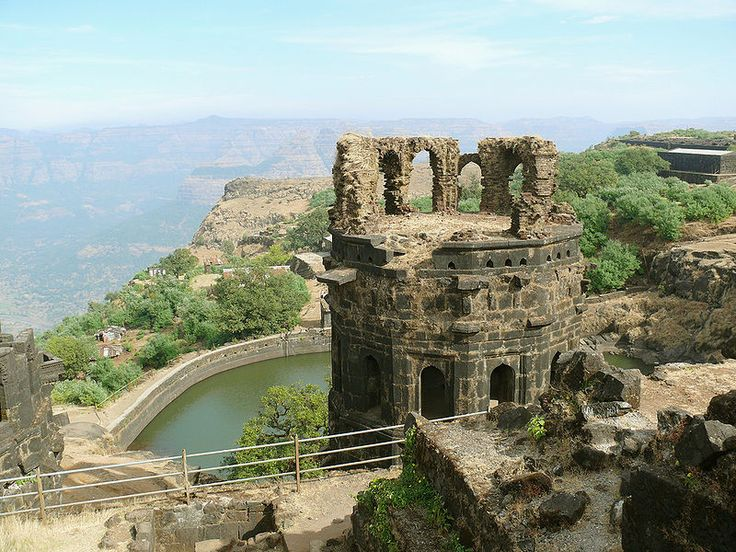 Raigad Fort is situated in Raigad District, 25 KM from Mahad, 130 KM from Pune, 210 KM from Mumbai. Mumbai-Raigad buses are available via Mumbai-Goa Highway.