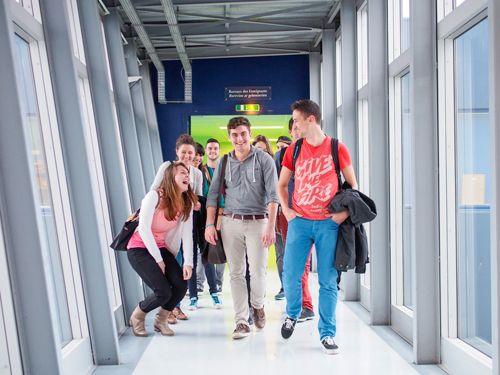Les étudiants en grande forme à l'UFR Lettres !