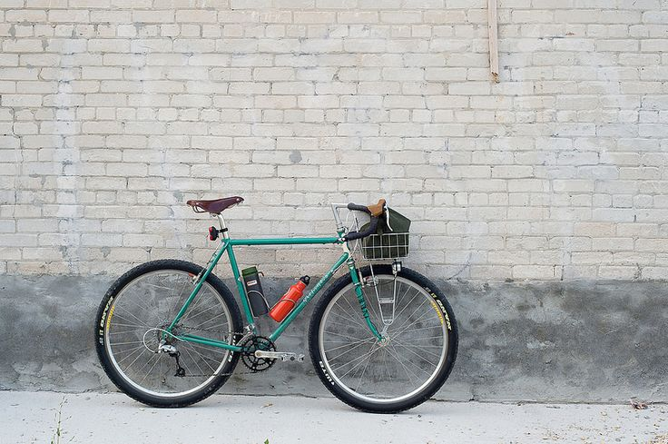 332 best cycle images on pinterest bicycles bicycling for Garage cros agde
