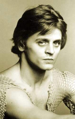 Mikhail Baryshnikov---I thought of him the moment I saw Loki in The Avengers.  Think it's the eyes.  Not sure.